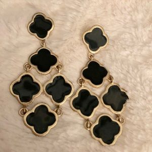 BEAUTIFUL black & gold Chandelier earrings
